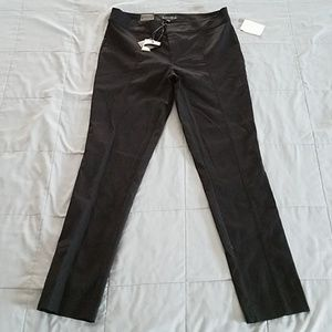 NWTS MADISON SEAMED FRONT SKINNY PANTS. SIZE 8